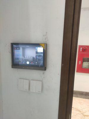 Lắp đặt khóa cửa điện tử